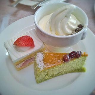 ソフトクリーム&チーズフェア(ラウンジ オー ヒルトン東京ベイ (lounge O【旧店名】ロビーラウンジ 「ベイラウンジ」))
