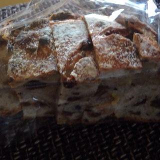 クルミとブドウのパン(ラスティコツー (rustico2))
