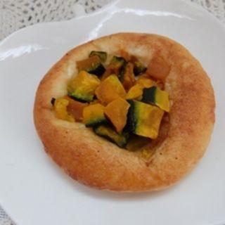北海道産かぼちゃとクリームチーズのくるみパン(ラテール )
