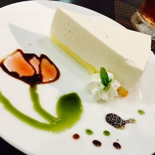 苺のレアチーズケーキ(ラルーチェ80℃)