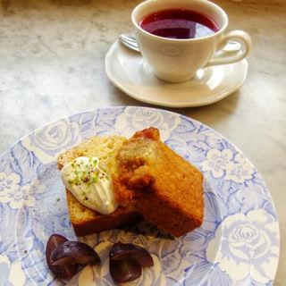 ケーキ(ル・カフェ・ド・エリソン (Le cafe de Herisson))