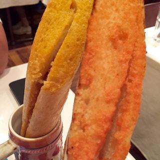 名物pisaの焼き立てバケッ塔 博多明太子バター(ルーチェサンタルチア松井山手店)