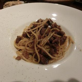 熟成肉を使ったミートスパゲッティ(レストラン ユニック)
