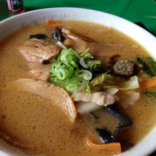 味噌湯麺(レストラン河亭 )