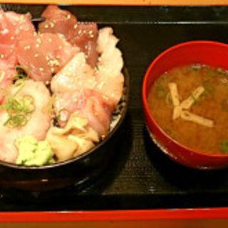 得三崎丼みそ汁セット(三崎市場ダイス店 )