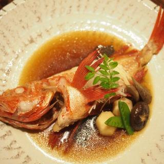北海道産の釣りきんきの煮付け(上居酒屋 酒亭さくま)