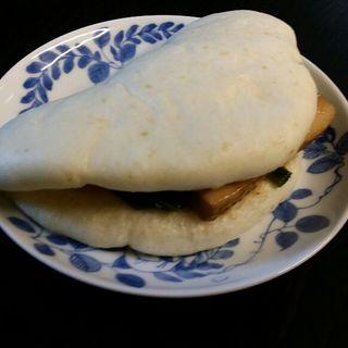 角煮バーガー(上海料理三和楼 )