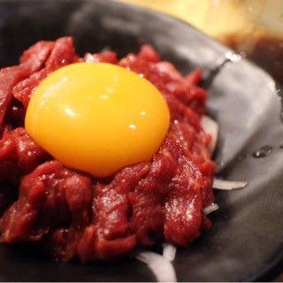 馬肉ユッケ(上荻一丁目酒場 )