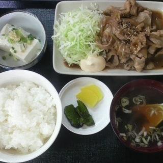 豚バラ生姜焼き定食(中むら )