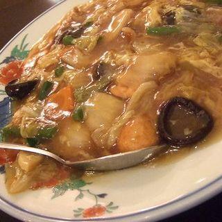 五目中華丼(中国菜館 福新楼 )