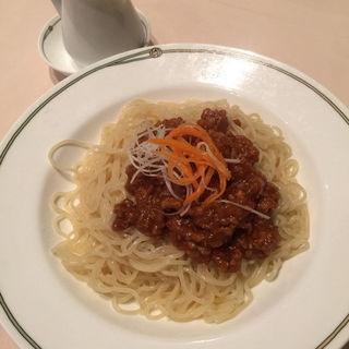 冷やし担々麺(中国飯店 三田店 (チュウゴクハンテン))