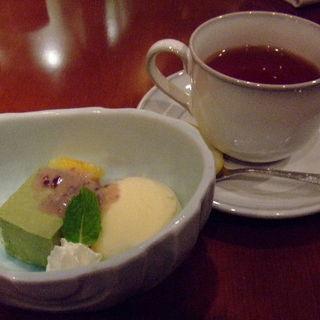 抹茶プリンとアイスクリーム(中村孝明YOKOHAMA (なかむらこうめい・よこはま))