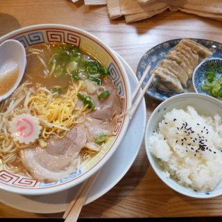 ぎょうざ定食(中華そば 三浦)