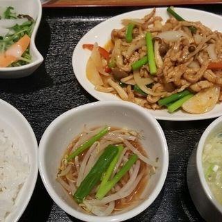 細切り豚の炒め物定食(中華厨房あんにん 西町店)