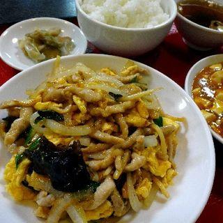 肉野菜玉子炒めランチ(中華成喜 (ナルキ))