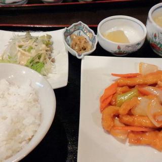 白身魚の甘酢あんかけセット(中華料理 辰吉 (チュウカリョウリ タツキチ))