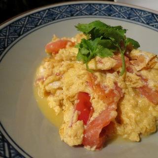 完熟トマトと卵のふわっとろ炒め    ◆滑蛋炒番茄◆(中華香彩JASMINE)