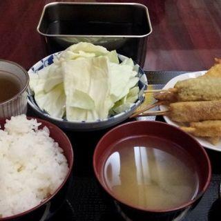 串カツおまかせ定食(串かつ旭)