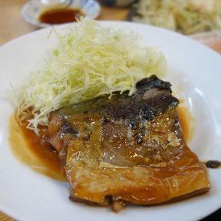 鯖の味噌煮(丸大ホール)