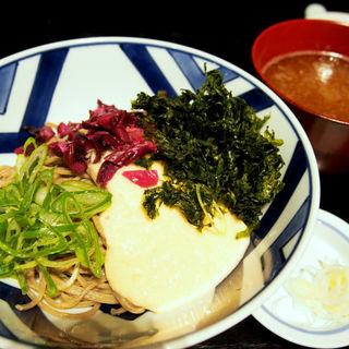 冷たいお蕎麦(京都 中之光庵 (キョウト ナカノコウアン))