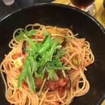 賀茂茄子とアボカドとモッツァレラチーズのトマトソース