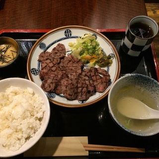 牛たん焼きランチ(1.5人前)(仙台辺見 名古屋ユニモール店 (センダイヘンミ))