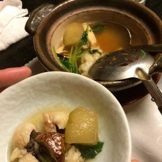 鱧と松茸の小鍋(佳久 (かきゅう))