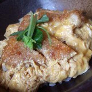 ミニカツ丼(信州そば むら田)