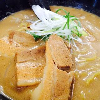 味噌の角煮ラーメン(信玄)