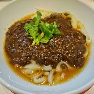 牛すじカレー刀削麺(刀削麺荘 五反田店 )