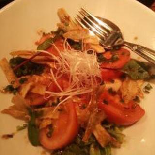 トマトと寄せ豆腐のサラダ(創作・和ダイニング はる)