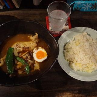 チキンときのこのカレー(北海道スープカリー専門店 マナ (manna))