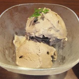 ほうじ茶のアイス(匠の隠れ家 田町本店 (タクミノカクレガ))