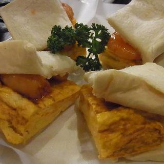 海老と卵のサンドイッチ(十三トリスバー (ジュウソウトリスバー))