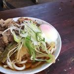 肉うどん+キャベツ