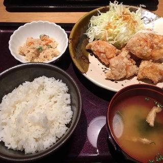 鳥の唐揚げ明太風味定食(博多もつ鍋 やまや 名古屋駅店 )