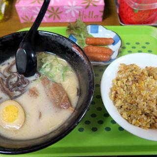 ラーメン+炒飯+ウインナーのセット(博多ラーメン ほりさん )