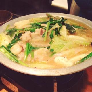 モツ鍋白モツ(豚骨味噌)(博多串焼もつ鍋 よだれ屋 渋谷 桜丘町)