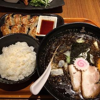 焦がし味噌麺+餃子セット(博多五行 名古屋ラシック店 )