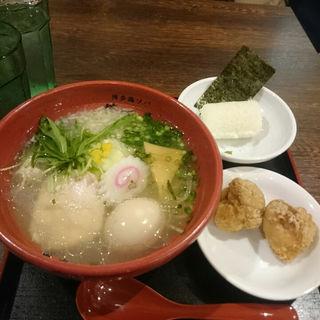 水炊きスープの鶏ソバ(博多鶏ソバ 華味鳥 ソラリアステージ店)