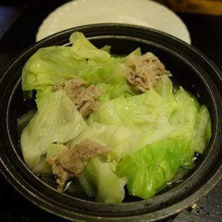 豚肉とキャベツのタジン鍋