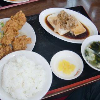 唐揚げランチ(台湾料理 四季紅 笠間店 )
