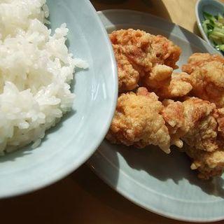 鶏から揚げ定食(吉興)