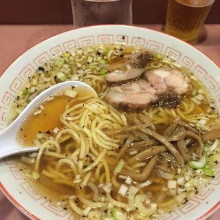 ラーメン(名物屋 (めいぶつや))