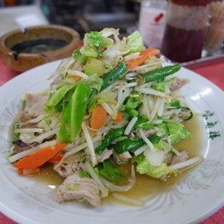 肉野菜炒め(味角楼 (ミカクロウ))