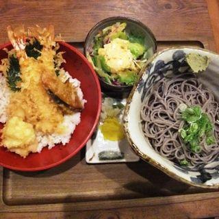天丼セット・冷たい蕎麦(和とおそばとお酒 いおり)