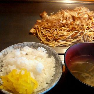 焼そば定食(喃風 加古川西店 (ナンプウ))
