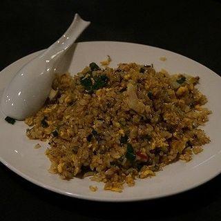 あわびとカニ味噌のチャーハン(喰龍)