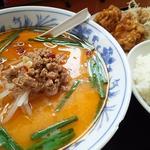 店長おすすめセット(豚骨台湾ラーメン+若鶏の唐揚げ+ライス)