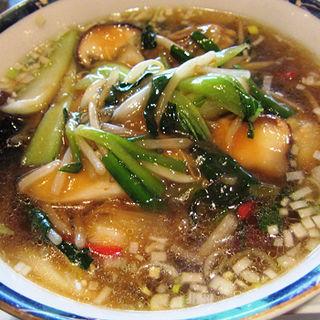 牡蠣入り湯麺(四川閣 )